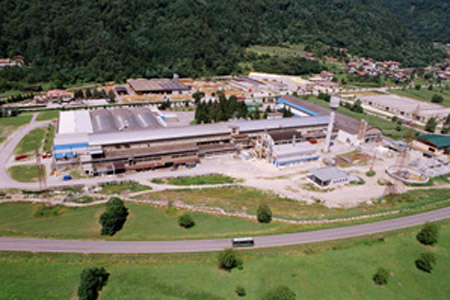Cham Paper announces full year 2015 results