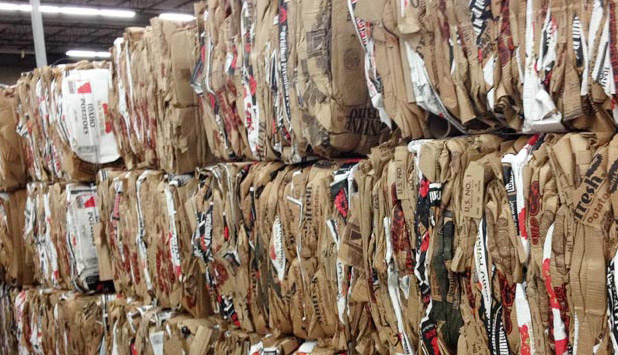 European paper industry stands ready to defend Circular Economy in the context of Chinese waste import ban