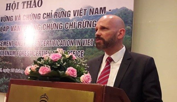 Vietnam commits to forest certification and PEFC