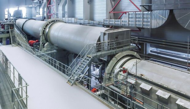 The world's largest drum pulper for production volumes of 3,000 tons of paper per day